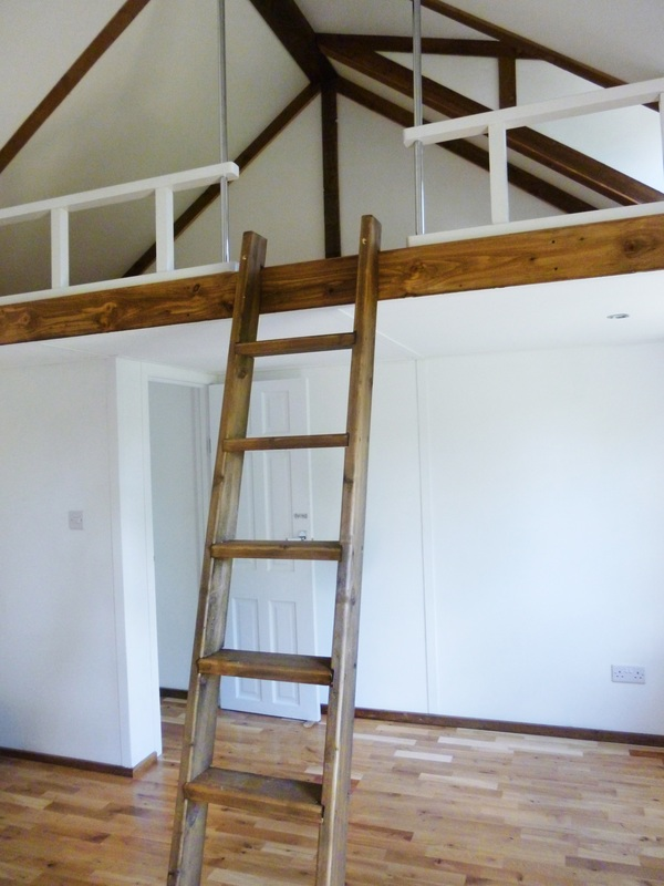 Upper Bed Loft, Right